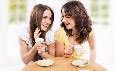 這 5 大徵兆,證明妳的好姐妹其實是渣女... ...
