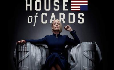 《紙牌屋》中的克萊爾:殘暴、慧黠又美麗的總統野望